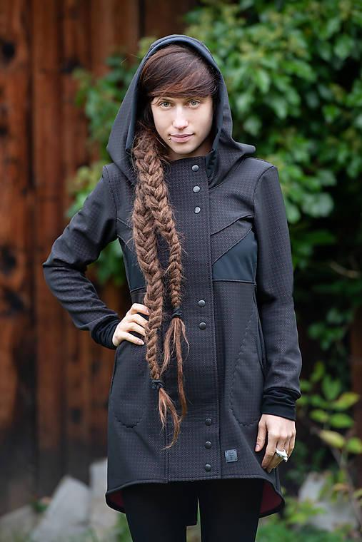50d79592b1 Kabát PERFORIERT rosa   Liuc - SAShE.sk - Handmade Kabáty