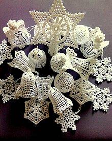 Dekorácie - Háčkované vianočné ozdoby II - 10075458_