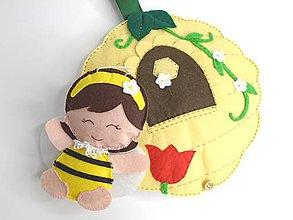 Hračky - Textilná knižka včelí úľ - 10070894_