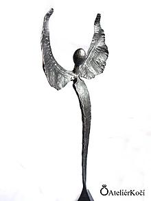 Socha - Velký kovaný anděl - 10073658_