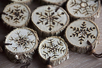 Dekorácie - Vianočné, drevené kolieska, ozdoby na stromček - sada - 10072317_