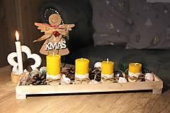 Svietidlá a sviečky - adventné sviečky z včelieho vosku - s čipkou - 10077090_