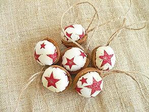 Dekorácie - Vianočné oriešky ,hviezdičkové - 10076482_