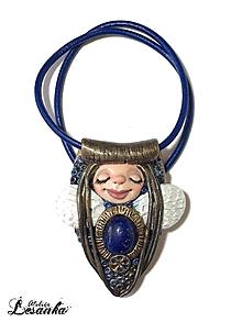 Náhrdelníky - ♥ Amulet s vílou a lapisom lazuli ♥ - 10079653_