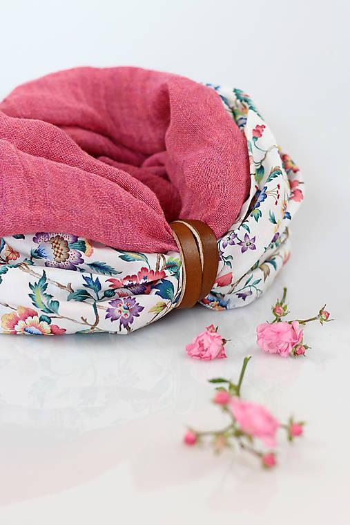 Pôvabný dvojitý ľanový nákrčník ružovej farby
