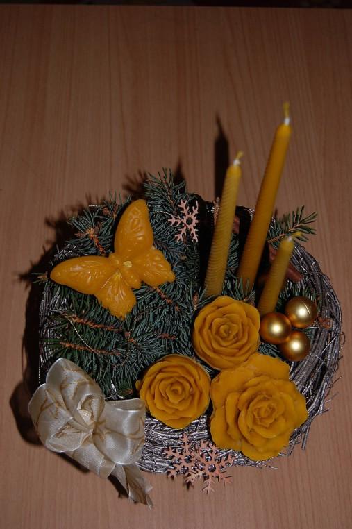 Sviečka z včelieho vosku vysoká  (vrúbkovaná)