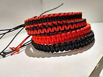 Set pletených náramkov