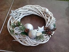 Dekorácie - Vianočný veniec 2 - 10082452_