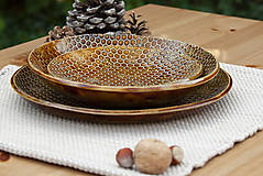 Plytký tanier - medová kolekcia