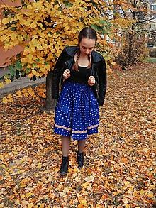Sukne - Modrá sukňa s krojovou stuhou - 10084594_