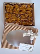 Dekorácie - Vianočné ozdoby v krabičke (mackovia a snehuliaci) - 10085288_