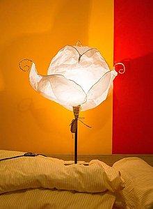 Svietidlá a sviečky - Perinbaba- stolná lampa - 10083852_