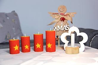Svietidlá a sviečky - adventné sviečky z včelieho vosku s hviezdou (Červená) - 10086527_