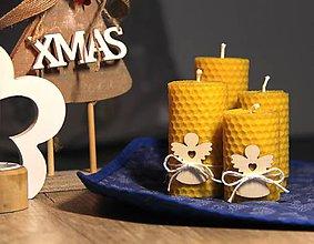 Svietidlá a sviečky - adventné sviečky z včelieho vosku s dreveným anjelom (Žltá) - 10086543_