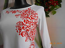 """Tričká - """"RED & WEIS"""" FOLK - tričko maľované s lodičkovým výstrihom - 10089085_"""