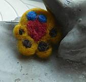 Detské doplnky - plstená brož kačička - 10088055_
