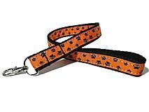 Kľúčenky - Kľúčenka oranžová s labkami - 10086190_