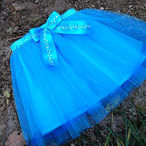 662c764f89c4 Dětská tyrkysová tylová sukně s vločkami   Princezna-Pampeliska ...