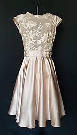 Šaty - Koktejlové šaty s kruhovou sukňou - krémové; ružové; bledo modré - 10085573_