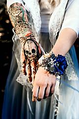 Náramky - Modrý zimný kvetinový náramok - 10085444_