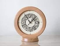Hodiny - Stolné hodiny Zentangle listy – svetlé - 10087838_