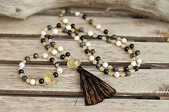 Náhrdelníky - Mala náhrdelník z minerálov onyx, larvikit, kremeň, magnezit - 10087787_