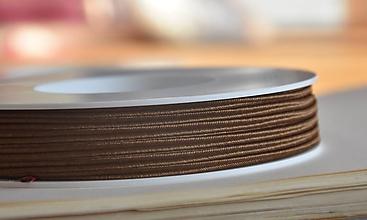 Galantéria - Šujtášová šnúrka hnedá 3mm, 0.22€/meter - 10089025_