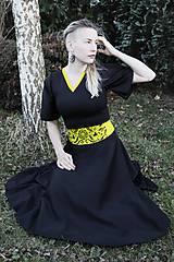 Bavlnené šaty s maľovaným opaskom