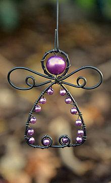 Dekorácie - Andělíček fialkový - 10092060_