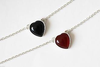 Náhrdelníky - Strieborný náhrdelník s achátom - Srdcuo (Červená) - 10091517_