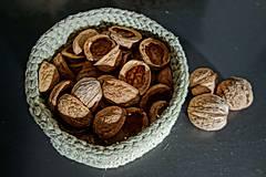 Suroviny - orechové polškrupinky - 10090348_