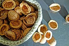 Suroviny - orechové polškrupinky - 10090351_