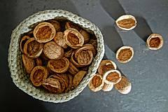 Suroviny - orechové polškrupinky - 10090356_