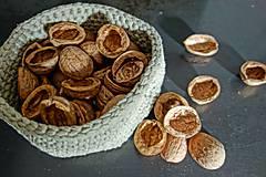 Suroviny - orechové polškrupinky - 10090357_