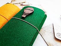 Papiernictvo - Diár 2019/ Doplniteľný diár Softwille Forest s brošňou - 10089979_