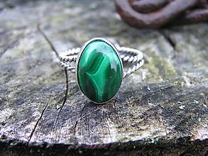 Prstene - Strieborny prsteň Ag 925 Malachit - 10090672_