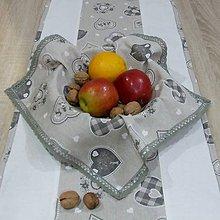 Úžitkový textil - Severské olivové srdiečka na režnej - obrúsok štvorec 40x40 - 10093974_