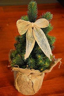 Dekorácie - Jutové mašle na stromček so štipčekom 10cm - 10090751_