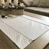 Úžitkový textil - vianočné štóly vzor strieborná  140 x 40 cm - 10094873_