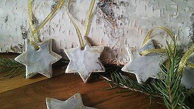 Dekorácie - Vianočné hviezdičky - betónovničky:-) - 10096922_