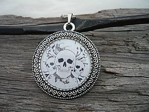 Náhrdelníky - TOTÁLNY VÝPREDAJ! Náhrdelník Pirate Skull - 10097856_