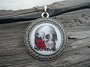 Náhrdelníky - TOTÁLNY VÝPREDAJ! Náhrdelník Skull and Red Roses - 10097869_