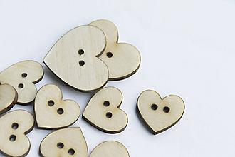 Galantéria - Gombík drevené srdiečko - 10098164_