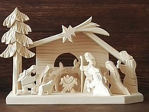 Dekorácie - Betlehem drevený 3-kráľový stredný - 10099207_