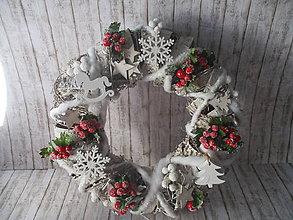 Dekorácie - Vianočný veniec - 10103154_