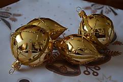 Dekorácie - Zlatá lesklá sada s kamiekami - 10102286_