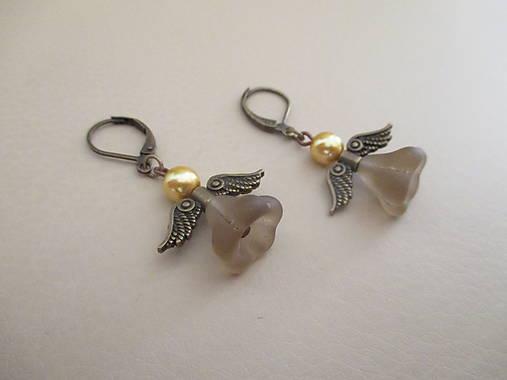 Anjel - bižutérne náušnice - starobronz