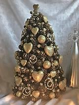 """Dekorácie - Šiškový stromček  - """"Vianočná láska"""" - 10100207_"""