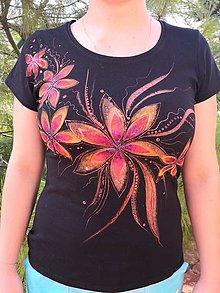 Tričká - Tričko s kvetinovým vzorom - 10103250_