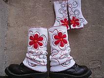 Iné doplnky - Návleky na nohy s červenou - 10106313_